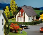 Faller 232323 N Scale Detached house (Wine Red) VI